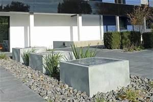 startseite gartenbrunnen garten brunnen wasserspiele With französischer balkon mit garten wasserspiel naturstein