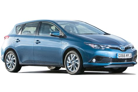 toyota hybrid toyota auris hybrid review carbuyer
