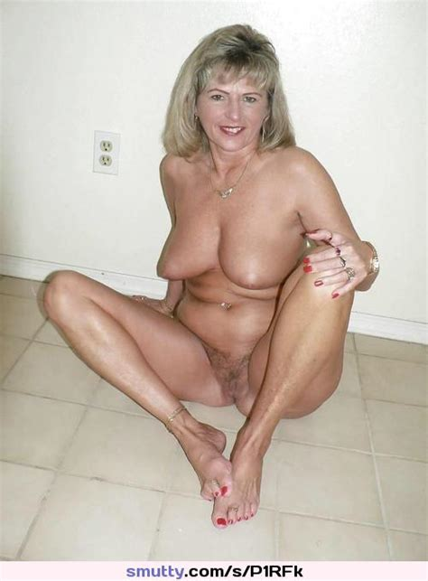 mature milf mom mommy olderwomen wife amateur homemade natural granny boobs old