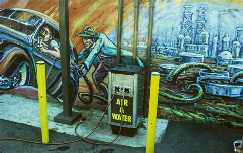 siege de mural exhibition murales rebeldes