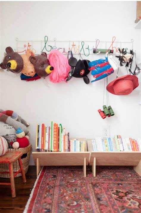 rangement livre chambre les 25 meilleures idées concernant rangement livre enfant