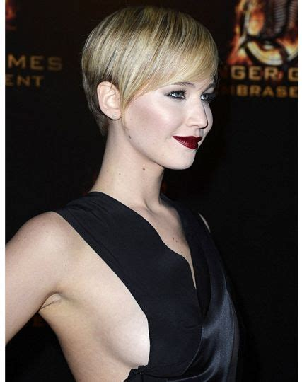 not shabby hair jennifer lawrence pixie hair celebrity hairstyles pinterest pixie hair not too shabby and