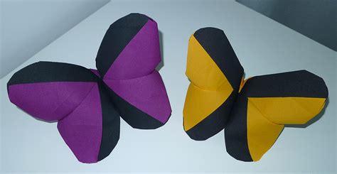 pliage de serviette 2 couleurs beau pliage de serviette en papier 2 couleurs papillon et pliage de serviette table en forme