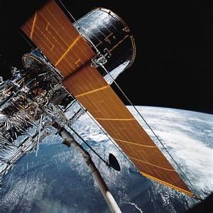 Hubble Space Telescope marking 25th anniversary in orbit ...