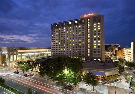 marriott phone number richmond marriott 68 photos hotels downtown