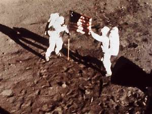 Caption of Neil Armstrong - Pics about space