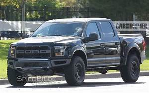 Four-Door 2017 Ford F-150 Raptor Spotted
