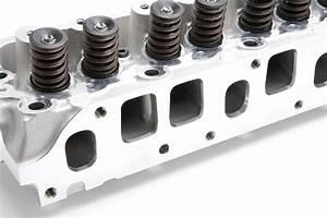 Edelbrock Performer Aluminum Cylinder Head For 76