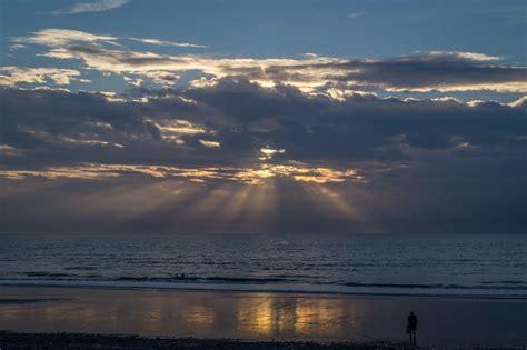 picture sunrise sky cloud water dawn sea sky