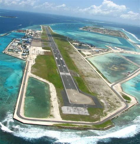 11 Incredible Island Airports   Maldives airport ...