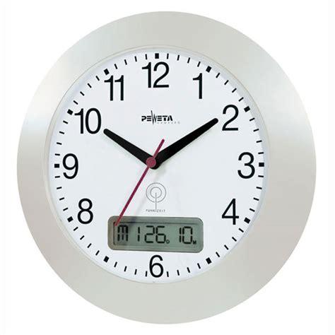 horloge murale radio pilot 233 e peweta grand 233 cran de visualisation lcd avec hauteur des chiffres