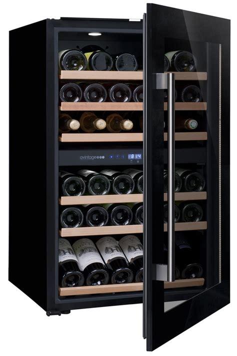 cave a vin encastrable cuisine cave a vin encastrable avintage av46cdzi noir av46cdzi 8999775 darty