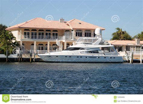 maison de bord de mer images libres de droits image 14209469