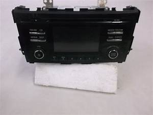 Buy Oem Nissan Cd Deck Head Unit Am Fm Radio Info Display