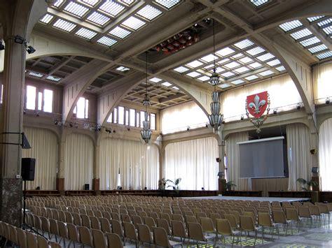salle du gymnase lille fichier lille mairie salle du conseil jpg wikip 233 dia