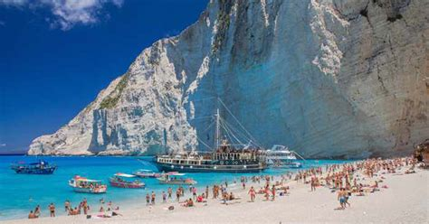 top   famous beaches   world   italy