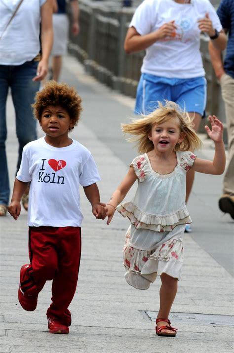 For heidi klum, contestants on 'agt: HEIDI KLUM AND KIDS:FUN IN A PARK   BLACKCELEBRITYKIDS ...