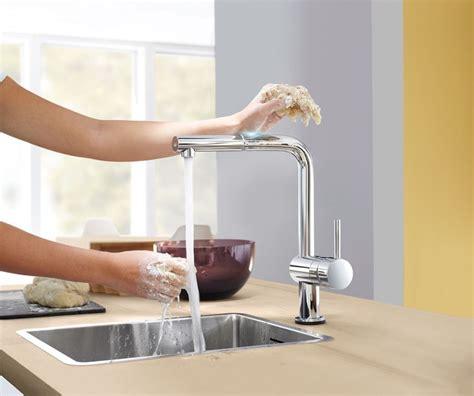 poignet cuisine créer une maison domotique avec des objets connectés et
