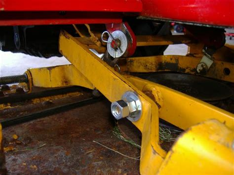 Cub Cadet Mower Deck Belt Problems by Ih Cub Cadet Forum Gt54 Deck