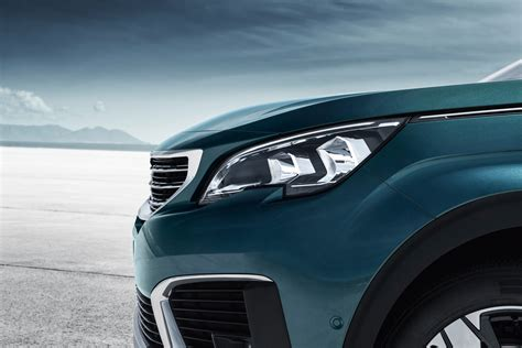 peugeot latest model new suv peugeot 5008 photos and videos of the 7 seater