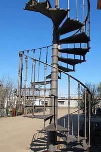 Escalier Industriel Occasion : escalier colima on en fonte vers 1900 mat riaux de construction escaliers echelles uz s ~ Medecine-chirurgie-esthetiques.com Avis de Voitures