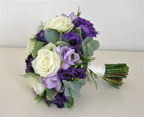 wedding flowers blog alannahs purple wedding flowers