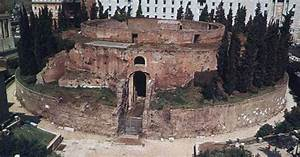 the Mausoleum of Augustus in Rome. | Ancient Roman ...