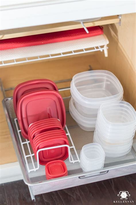 Kitchen Cabinet Storage Organizers Uk by Best 25 Kitchen Storage Containers Ideas On