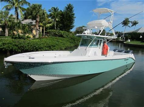 Everglades Boats 350 Ex by Everglades Boats For Sale 2 Boats