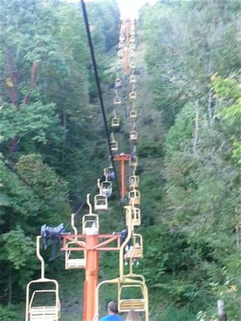 Sky Chair Lift Gatlinburg by The Sky Lift Picture Of Gatlinburg Sky Lift