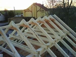 Holz Für Dachstuhl : dachstuhl und fledermausgaube bauen mit holz ~ Sanjose-hotels-ca.com Haus und Dekorationen