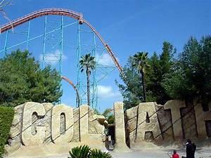Goliath Roller Coaster Photos, Six Flags Magic Mountain