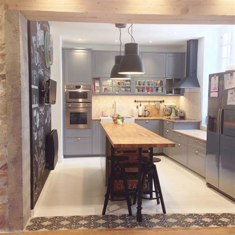 configuration cuisine ikea best 25 narrow kitchen ideas on narrow kitchen with island small island and