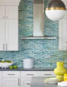 Cheap Glass Tiles For Kitchen Backsplashes 10 Decorating Ideas For A Coastal Kitchen