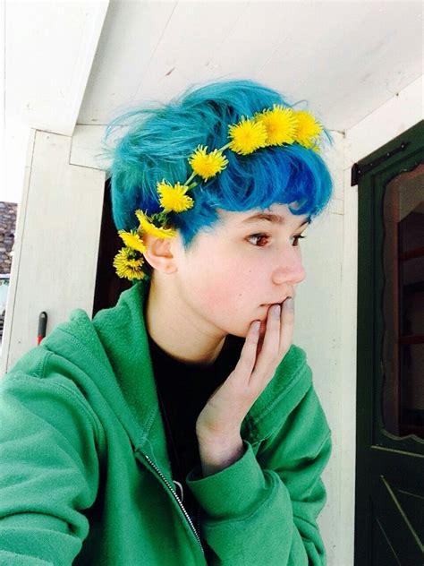 Pin By Sabrina Jenny On Hair Blue Hair Tumblr Hair