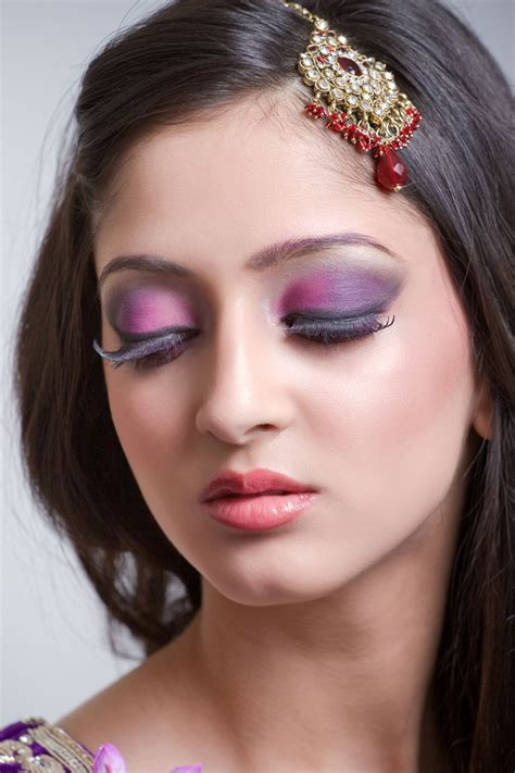 fabulous makeup ideas  almond shaped eyes  rock awesome