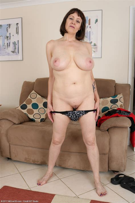 49 year old tigger exclusive milf pictures from