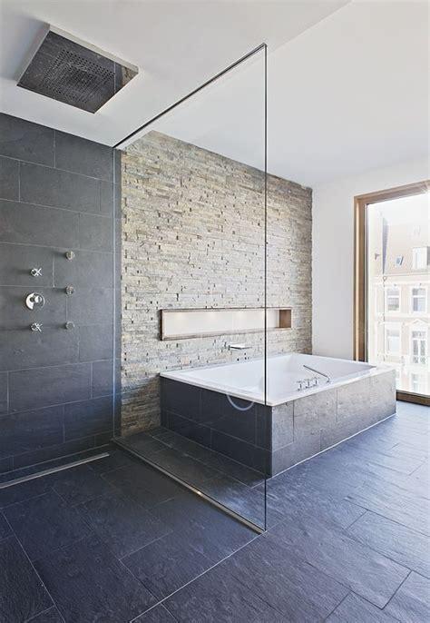 Badezimmer Fliesen Schiefer by Schiefer Badezimmer Home Bathroom Bathtub Tile Und