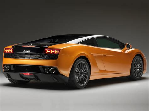 Lamborghini Car :  2011 Lamborghini Gallardo Lp560-4 Bicolore