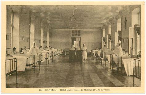 salle des ventes nantes 44 nantes h 244 tel dieu salle des malades 1943