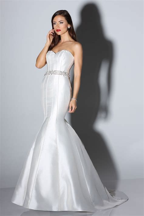 impression bridal store find  perfect wedding dress