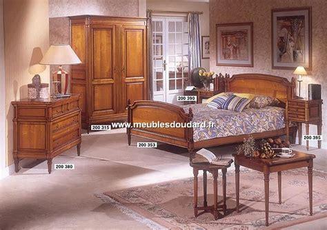 chambre merisier chambre à coucher louis xvi merisier meubles de style