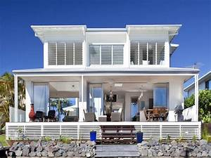 Beachfront home designs beach luxury home designs seaside for Beachfront home designs
