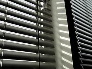 le store parisien stores venitiens aluminium a paris With store venitien exterieur alu