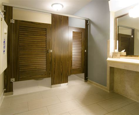 ironwood manufactured toilet partitions  classic