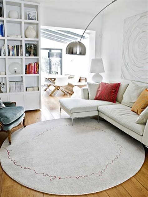 small bedroom rugs best 25 round rugs ideas on pinterest small round rugs 13266 | db06748cf628af278c007932cc3def22 round rug living room small living