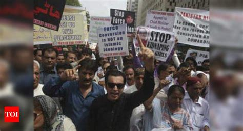 Pakistan: 13-year-old Christian girl abducted, converted ...