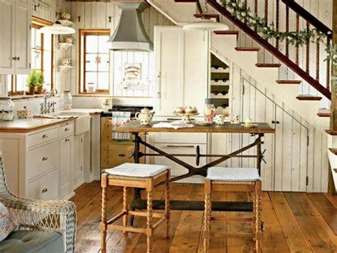 cuisine sous escalier cuisine design sous l escalier à voir design feria