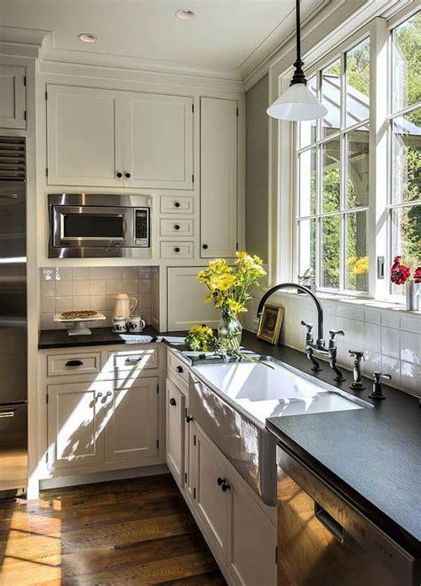 vintage farmhouse kitchen ideas home design  interior