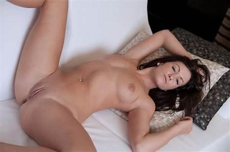 Teen Models Nude Detailed
